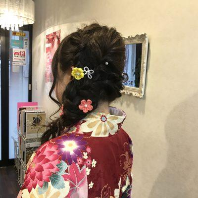 卒業式で今年人気の髪型は?!