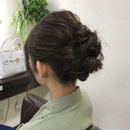 最近よく聞く編みおろしってどんな髪型?